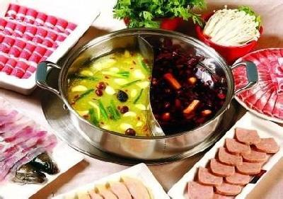 健康饮食:秋冬吃火锅虽过瘾 五个误区要注意