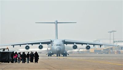 珠海航展飞机多达130架 运20歼31飞行表演