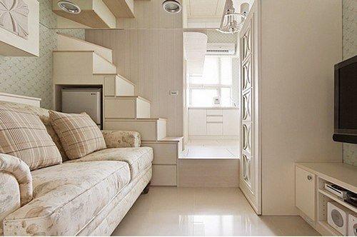 17平竟有2室2厅,两立体柜间因设计师事前预留出位置,竟然可轻松放下四