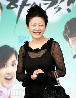韩国演员金慈玉因肺癌去世 曾演《金三顺》