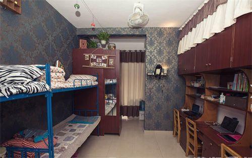 长沙理工大学,该校设计学院四名大一女生,将寝室装修成咖啡厅风格图片