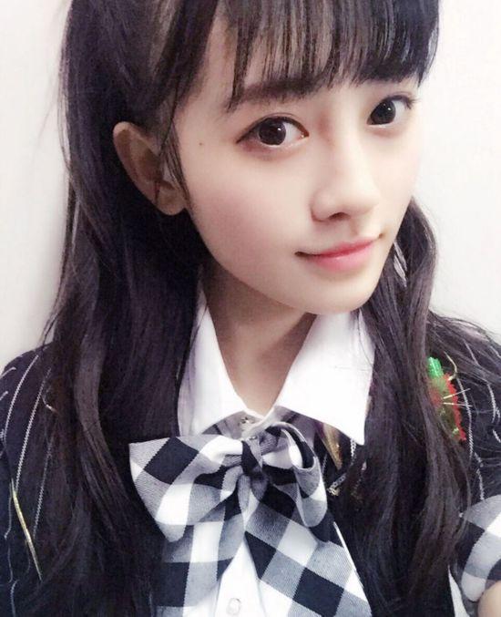 日媒评出中国4000年一遇美少女 SNH48鞠婧