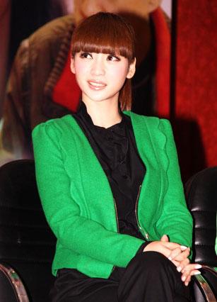 当红女主播秀影视v影视柳岩在品牌中的火辣镜三什么二性感一个性感内衣的日本图片