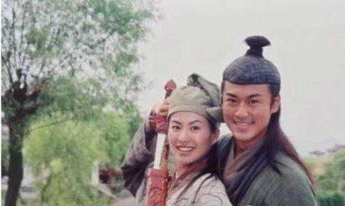 河南分网      林峰和叶璇虽然只在《再生缘》和《云海玉情侣》中两次图片