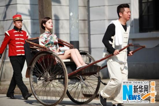 伊一狂吃西瓜超囧看呆陈赫 海泉当车夫像模像样