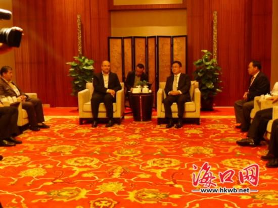 倪强会见伊朗德黑兰市长 望加强经贸等合作