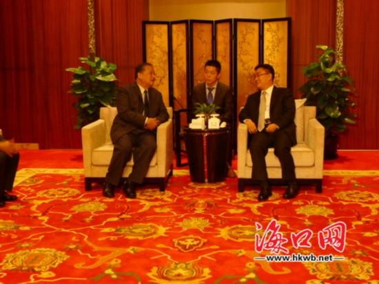倪强会见曼谷总督:期待进一步加大合作力度