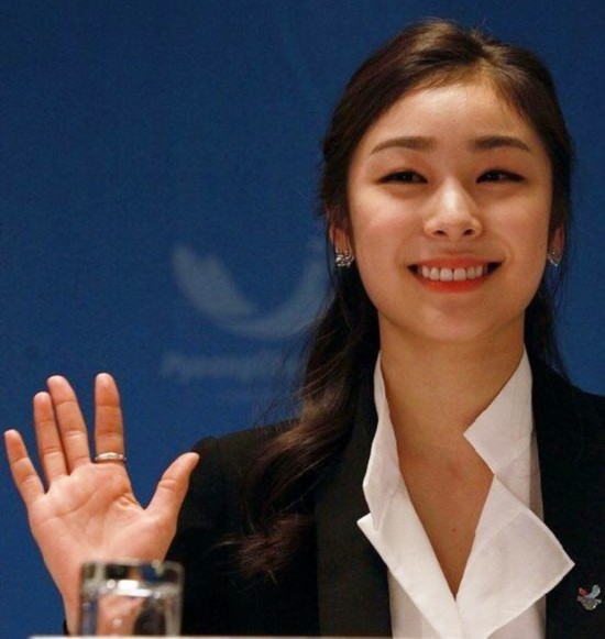 4000年第一美女私照 中日韩体坛美女PK组图