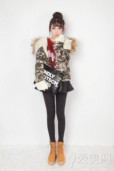 冬日九头身攻略:高腰短裙穿出好比例