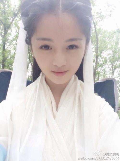 于正版小龙女陈妍希为什么被黑?揭秘替身付柔