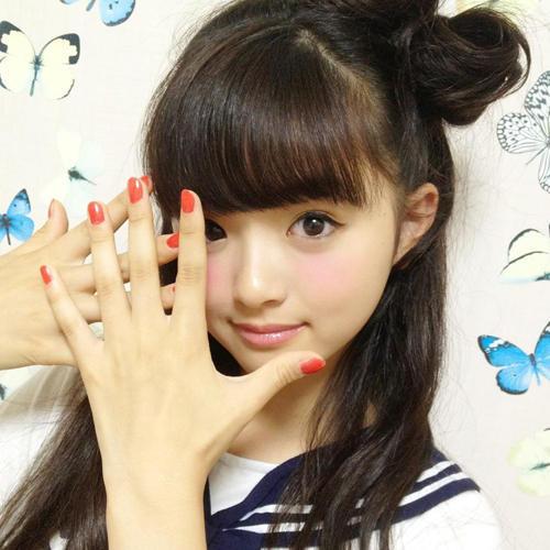 日本13岁时尚教主爆红 被小学女生称为神【
