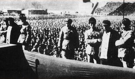 陕西韩城公审公判女犯-公审刘青山、张子善现场-揭秘 1952年 三反 运动中的纪检成就图片