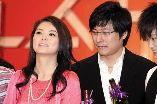 李湘王岳伦离婚了吗_李湘与王岳伦