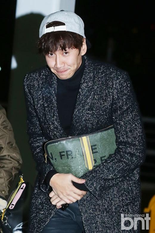 席将于3日晚在香港举行的2014MAMA颁奖典礼,韩国演员宋智孝、