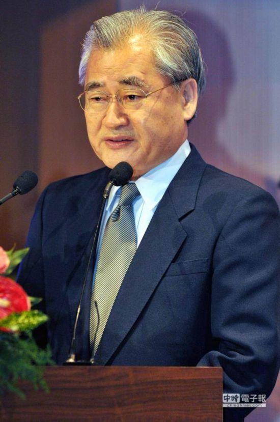 台湾经贸谈判高手邓振中出任经济主管部门负责人