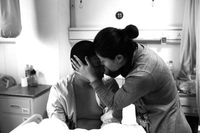 辽宁少年救人失明进京治疗