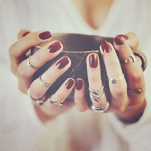 饰品控必学!潮人教你戴戒指的搭配艺术