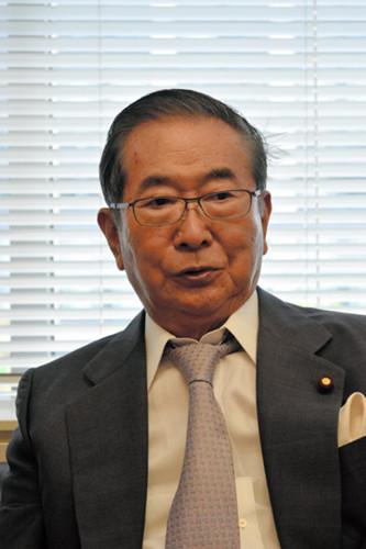 石原慎太郎在选区排名倒数称选举结束后将引退