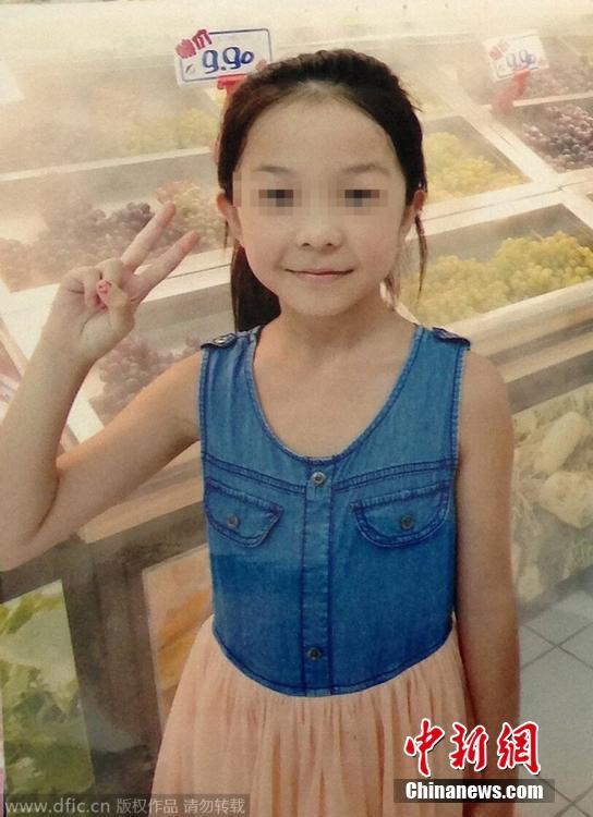 7岁女孩被老师抓头发撞墙 头部抽出积血165毫
