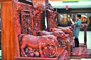 新会的古典木家具。