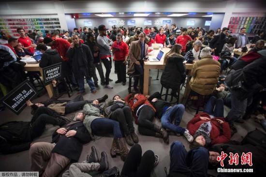 美国纽约州总检察长欲争取对警察击毙黑人调查权
