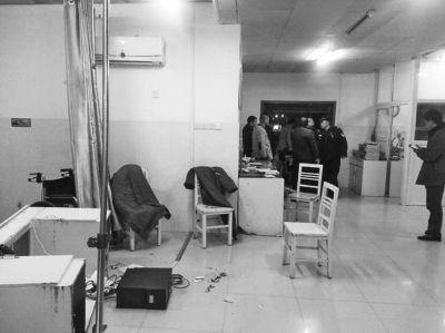 被打砸后的抢救室