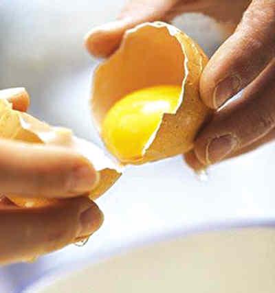 每天吃几个鸡蛋最健康 蛋黄蛋白谁更营养