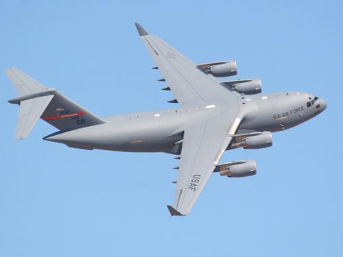 资料图:美军C-17环球霸王大型运输机