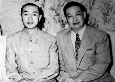 吴清源(左)与梅兰芳(右)在日本东京帝都饭店