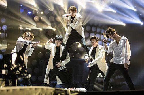 EXO动向推测:中国成员全面退出