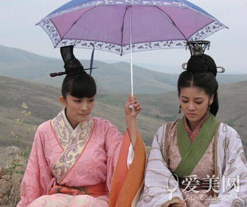 大咖和小明星也能是好友 杨幂为闺蜜铺戏路