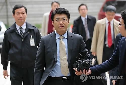 日本记者涉嫌损害韩总统朴槿惠名誉案开庭审理