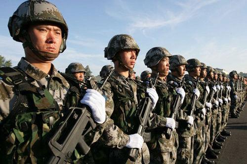 料图:中国人民解放军陆军部队-军报批某些人搞权力部门化 干部派