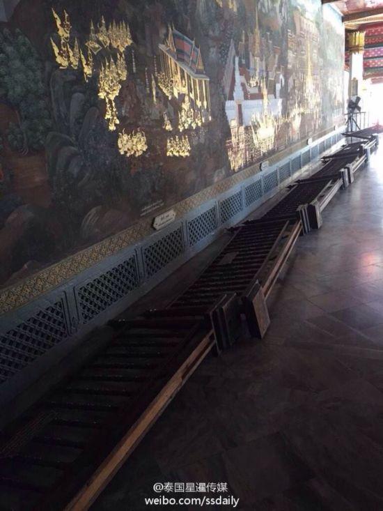 中国游客抢着观看的曼谷大皇宫壁画(组图)