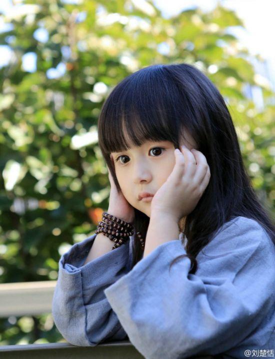 5岁萌娃化身汉服小萝莉美艳超多多