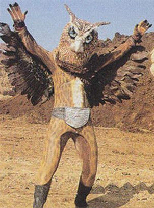 """神秘怪物令人心惶:""""猫头鹰人""""有红眼睛大翅膀"""