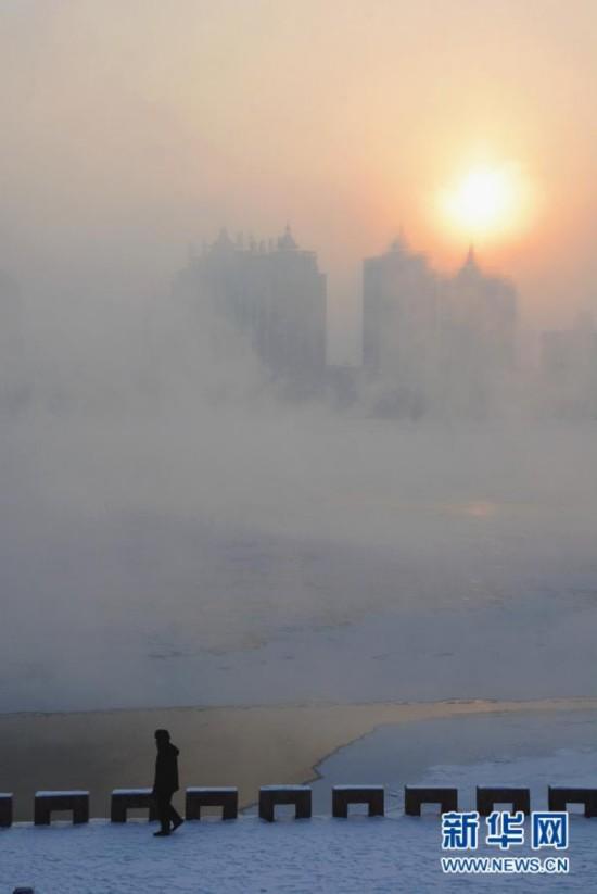 #(视・觉)吉林:松花江畔水雾蒸腾 景色迷人如入仙境