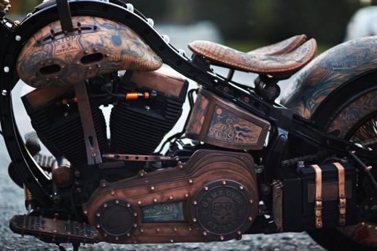 波兰艺术家推出纹身摩托车广获赞