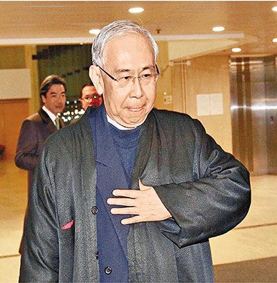 香港前政務司司長許仕仁涉貪案宣判被判7年半