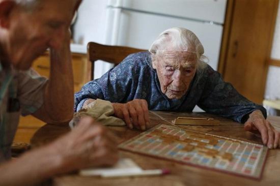 美114岁人瑞去世曾谎报年龄注册社交网站账号