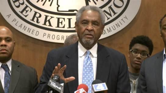 """美警察又枪杀黑人市长称""""伯克利不是弗格森"""""""