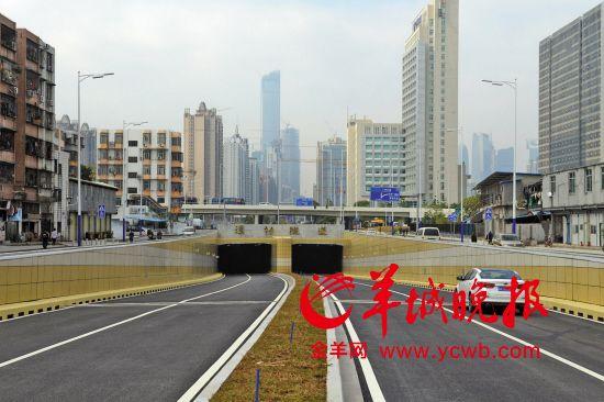 12月28日,花城大道東延線潭村隧道開通
