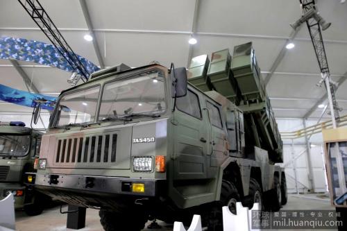 國產400毫米口徑遠程火箭曝光