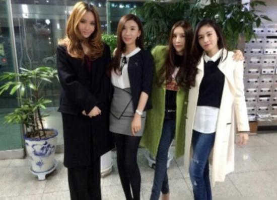 泰韓兩國最美變性人相聚