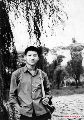 1972年,插隊回京探親時的習近平(資料圖)