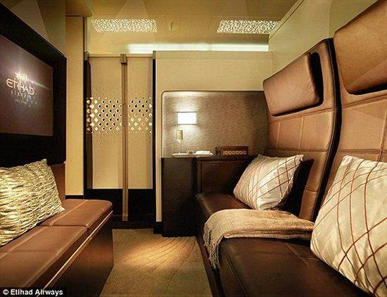 世界最奢华头等舱迎来首位客人 配备管家与厨师