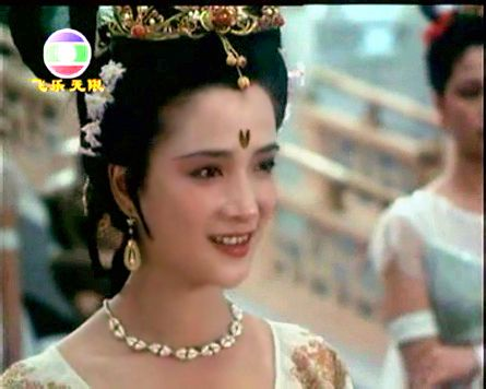 蒋勤勤 美女 何晴演/何晴演遍了中国古代四大名著,演遍了古典美人,这也是一位真正...