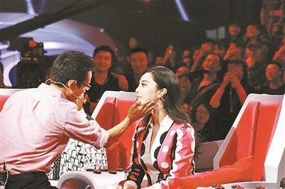"""韩红参赛""""歌手""""刘欢继续坐镇""""好歌曲"""" """"秀二代""""哪家强?"""