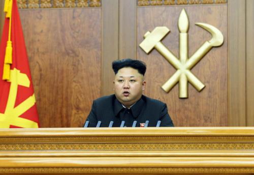金正恩新年贺词谈国防建设要求军队保卫领袖