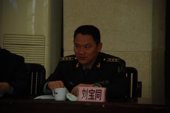 宁明县委中心组专题学习党的十八届四中全会精